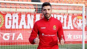 José Aurelio Suárez ya posa como grana