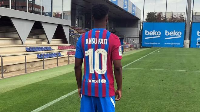 Así ha anunciado el Barça que Ansu Fati lucirá el 10