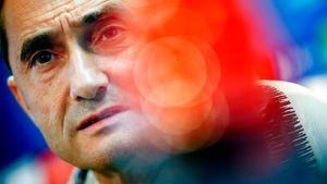 Valverde no arriesgará con Dembélé