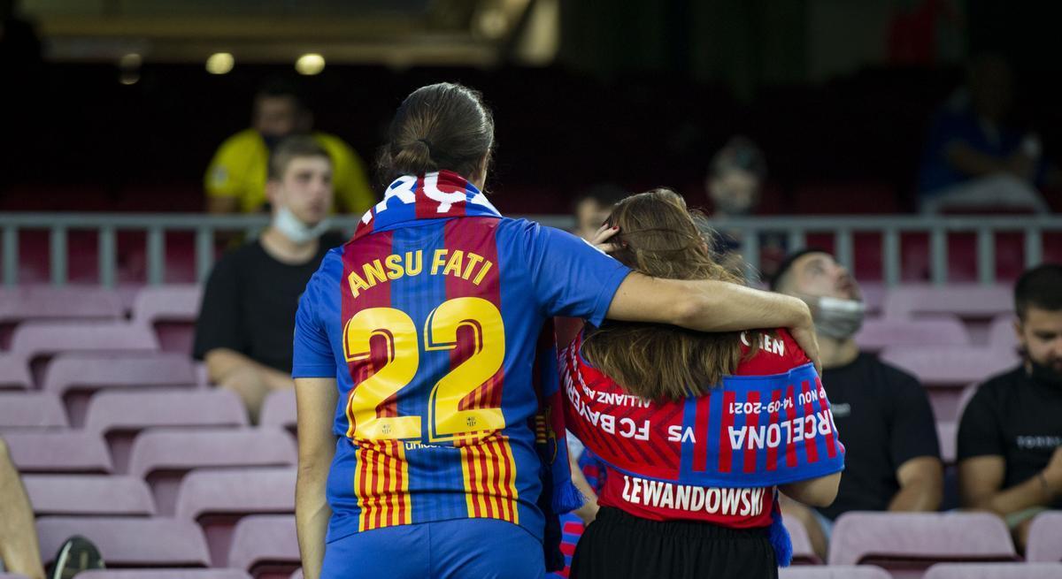 La afición blaugrana, con ganas de ver al Barça post Messi en la Champions