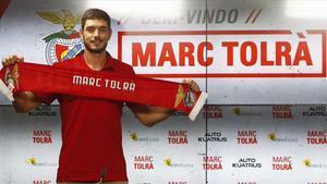 El exazulgrana Marc Tolrà firmó por una temporada más otra opcional con el Benfica