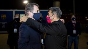 Freixa y Laporta se saludaron al terminar las elecciones