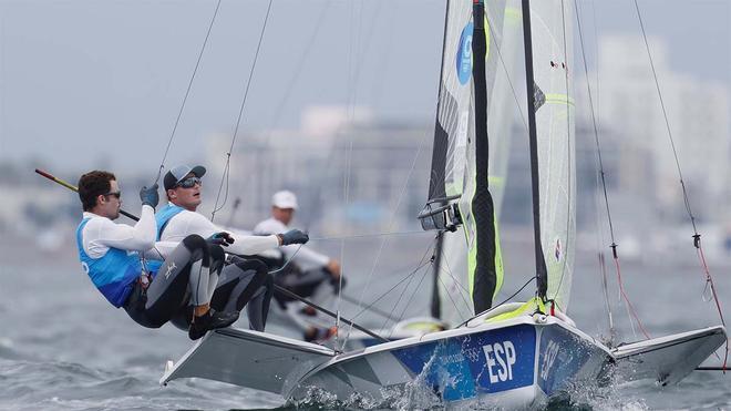 Botín y Marra son ya opción a medalla en vela