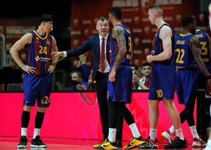 Jasikevicius, dando instrucciones a sus jugadores durante el partido