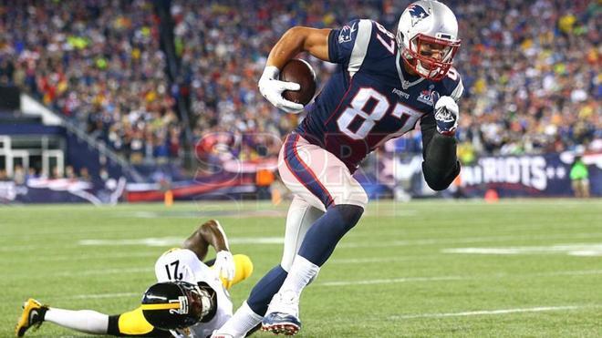 Rob Gronkowski formó una gran dupla con Tom Brady en los Patriots