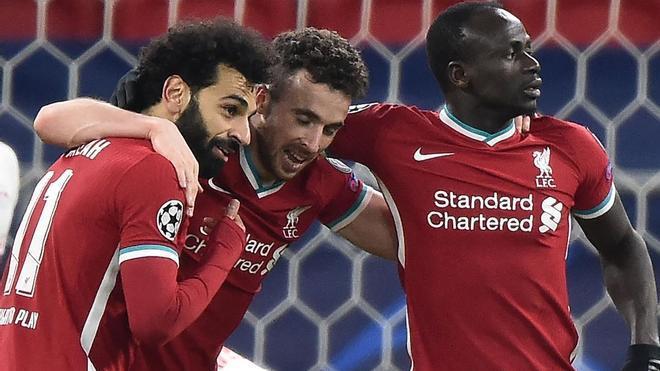 El Liverpool revive en Champions: el resumen de la victoria ante el Leipzig y el pase a cuartos