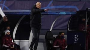 Zidane, durante el partido disputado en Valdebebas