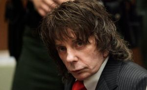 Muere Phil Spector, el productor musical que amenazó a John Lennon o Leonard Cohen