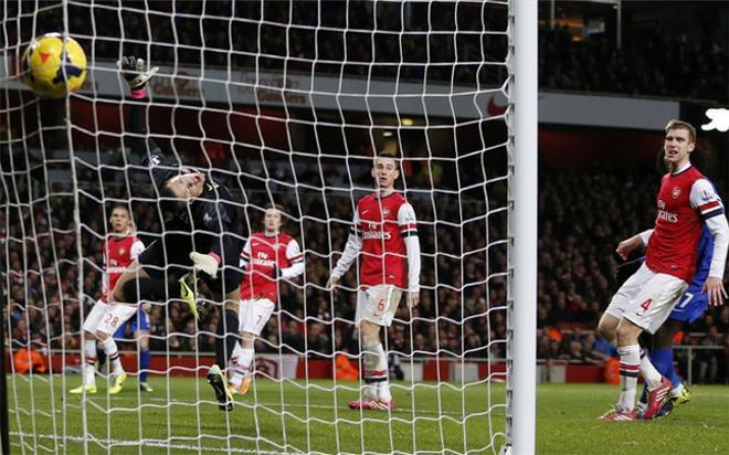 Deulofeu marcó un gran gol en el Emirates