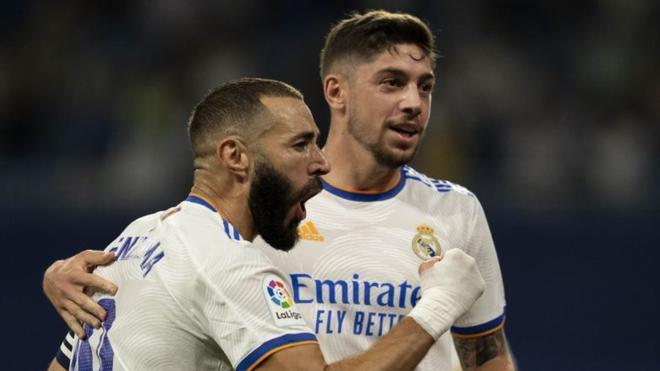 Benzema marcó por partida doble