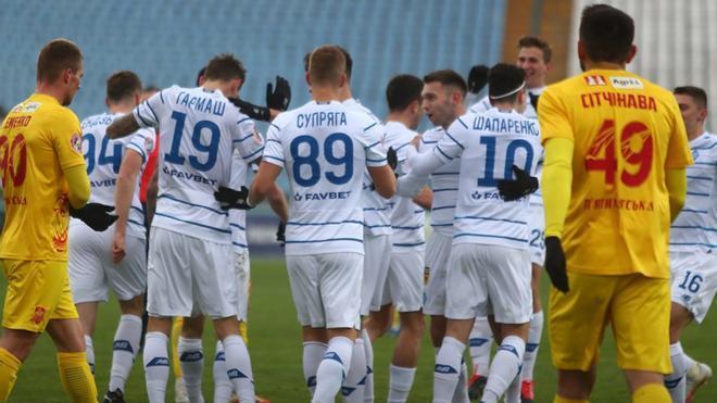 El Dynamo ganó con solvencia al Inhulets