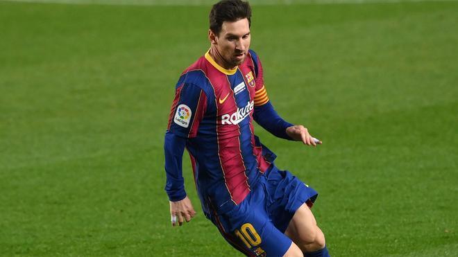 ¡Riqui, Trincao y Messi, titulares ante el Rayo!