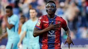 LALIGA | Levante - FC Barcelona (5-4): El hat-trick de Boateng