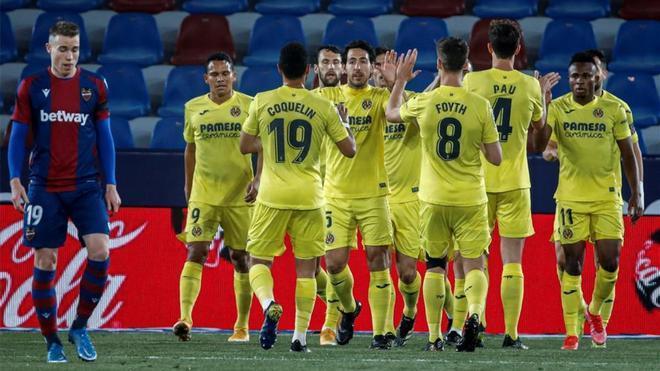 El Villarreal celebrando el golazo de Gerard Moreno.