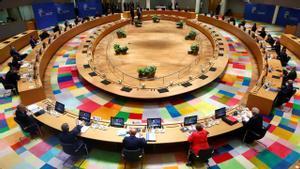 La UE aconseja que se aislen las regiones con más de 500 casos por cada 100.000 habitantes
