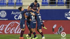 Victoria de esperanza para el Huesca