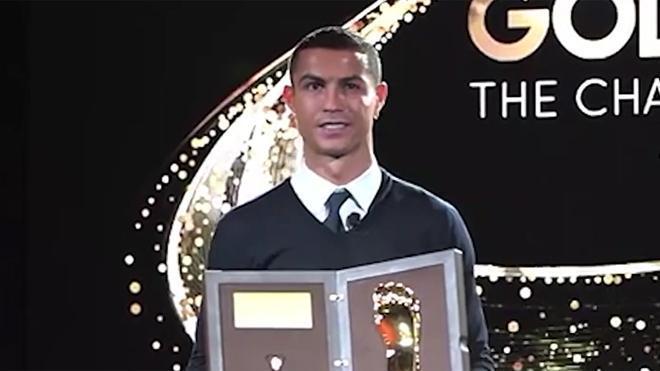Cristiano recibe el Golden Foot: Esperaba ganarlo algún día