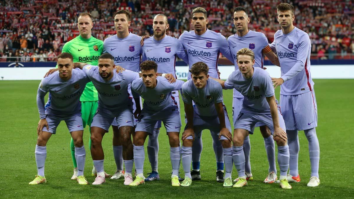 El equipo del FC Barcelona que se enfrentó al Atlético de Madrid en el Wanda Metropolitano el pasado 2 de octubre de 2021