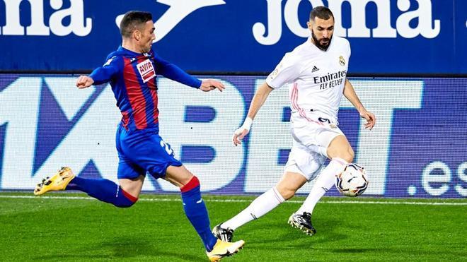 Karim Benzema fue clave en la victoria del Real Madrid en Eibar