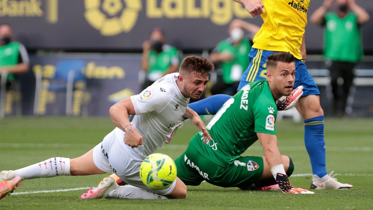 Álvaro Fernández pertenece ahora al Huesca