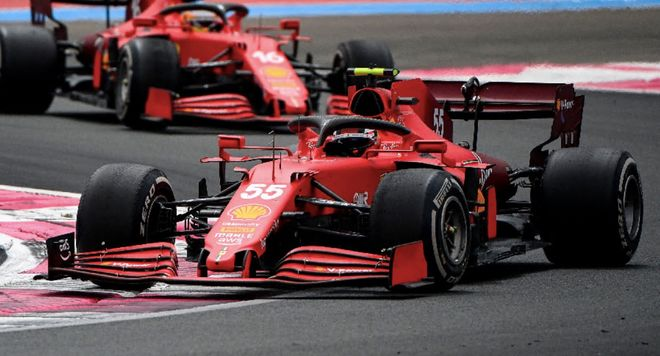 Sainz durante la carrera en Francia