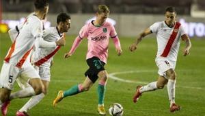 Frenkie de Jong en el partido ante el Rayo Vallecano