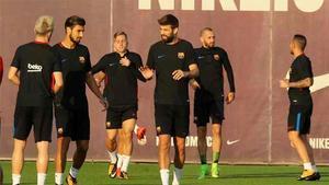 El Barça entrenó tras ganar en Bilbao... con la vista puesta en la Champions