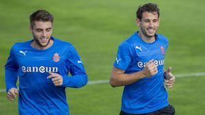 David López y Stuani encarnan la enemistad Espanyol-Girona