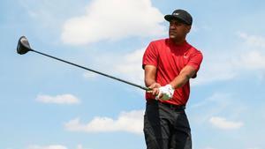 Tony Finau, uno de los jugadores que homenajearon a Tiger
