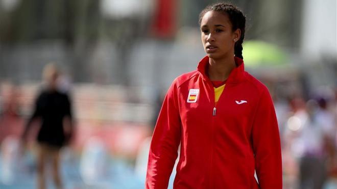 María Vicente batió el récord español sub-20 de 100m vallas
