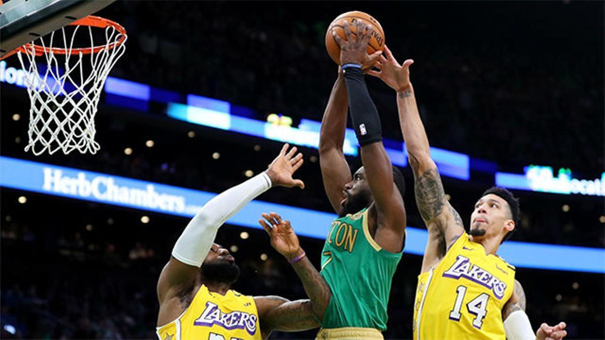 Los Celtics pasan por encima de los Lakers (139-107)