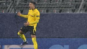 Sancho adelantó al Borussia desde el punto de penalti