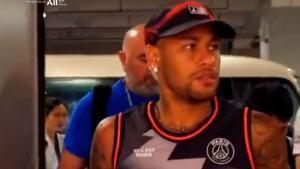 Neymar participó en un acto del PSG