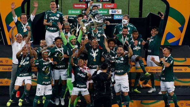 El Palmeiras celebra su cuarta Copa do Brasil