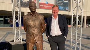 koeman participó en un homenaje a su padre en Groningen
