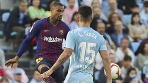 Lucas Olaza, disputando un partido contra el FCBarcelona