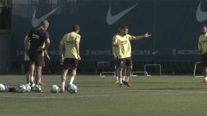 El Barça vuelve al trabajo tras un día de fiesta
