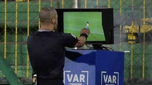 El VAR también se aplicará en la Europa League