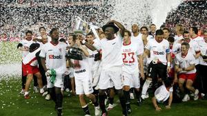 El quinto título de Copa del Sevilla lo ganó en el Camp Nou