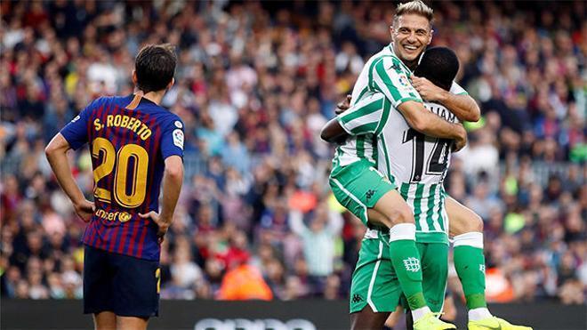 El Camp Nou aplaudió a Joaquín