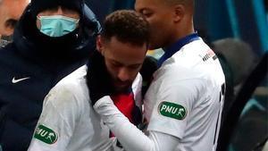 El momento exacto en el que Neymar se lesionó ante el Caen