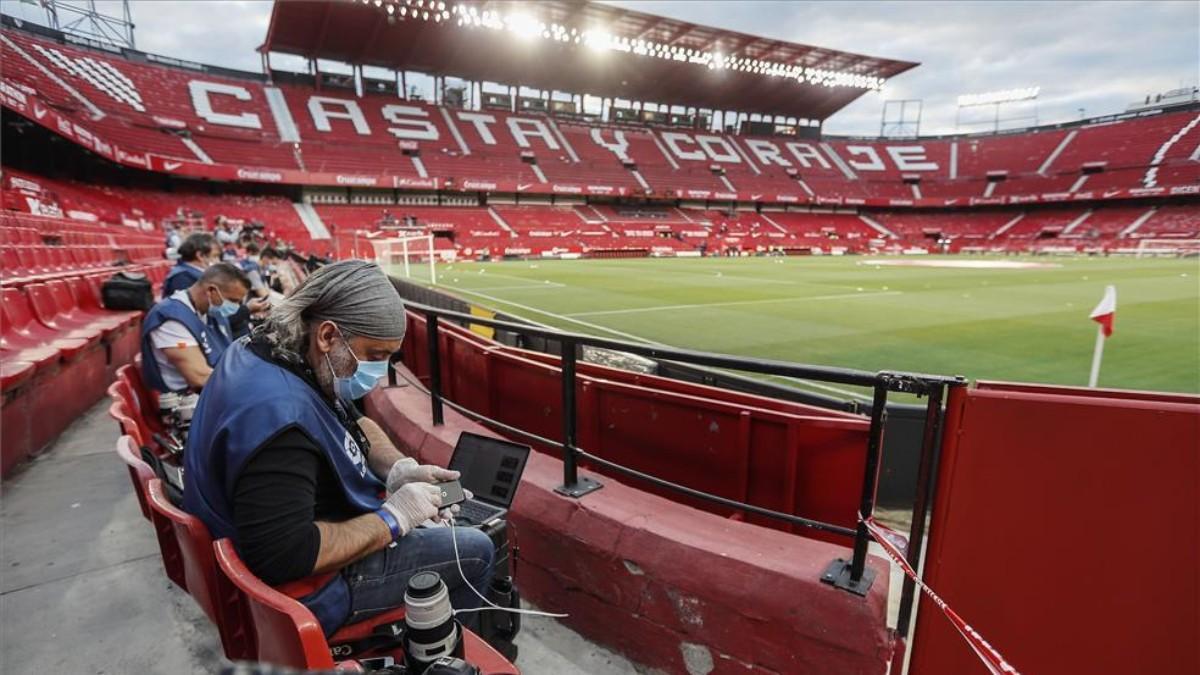 Imagen del Estadio Ramón Sánchez Pizjuán sin público por la pandemia.