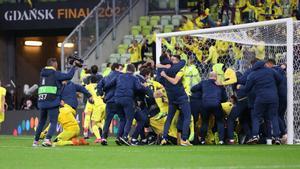 Una tanda de penaltis histórica: El Villarreal acertó 11 penaltis y Rulli decidió