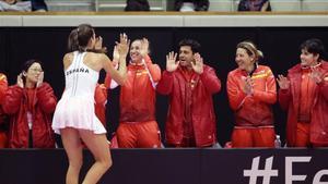 Georgina celebra el éxito con el banquillo español