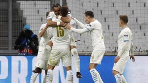Los jugadores del Marsella celebran un gol en una imagen de archivo.