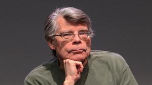 Stephen King mezcla la psicosis del papel higiénico con It