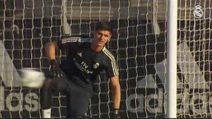 Simeone Madrid Keeper Courtois Wouldn T Get In Atletico Team