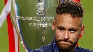 Neymar, inconsolable al terminar el partido: el brasileño se rompió con el final