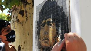 A tres meses de la muerte de Maradona se mantienen los homenajes, las dudas y las acusaciones