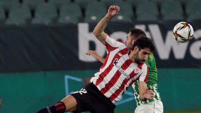 """Raúl García: """"Me gustaría ganar al Atlético y poder vacilarles un poco"""""""